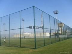 湖南体育场外围绿色菱形钢丝防护网