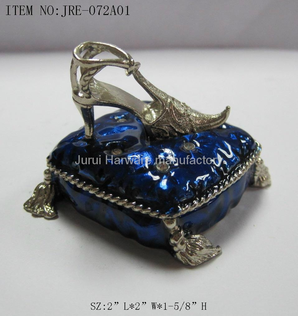 Pewter jewelry box with colorful epoxy 4