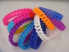 Hot Sell Latest Silicone Wave Bracelet
