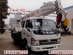 10吨吊车汽车吊车济工机械设备有限公司提供
