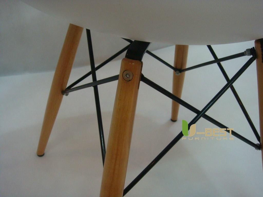 Eames DSW Chair in ABS 4