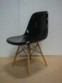 Eames DSW Chair in fiberglass