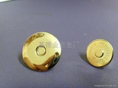 18MM碟形 挂金磁性钮扣
