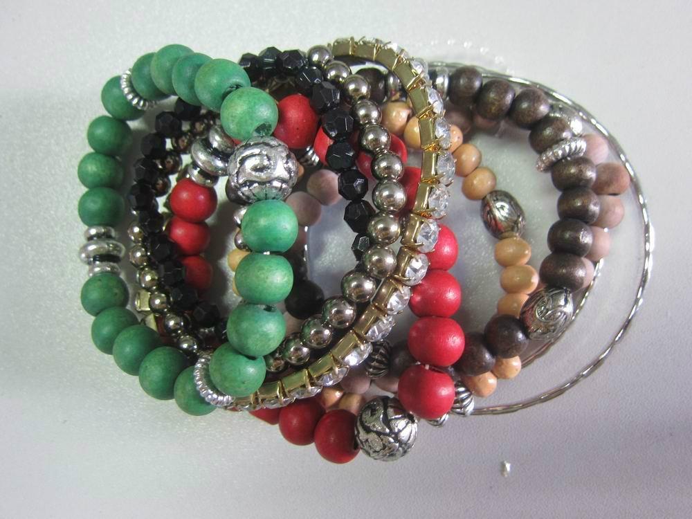 2013 Fashion New Styles Charm Glass Bracelet 1
