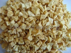 Dehydrated apple dices