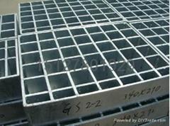 鑫宏钢格板专业生产钢格栅板