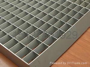 鑫宏钢格板专业生产钢格栅板 2