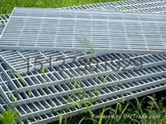 鑫宏压焊钢格板水沟盖板踏步板