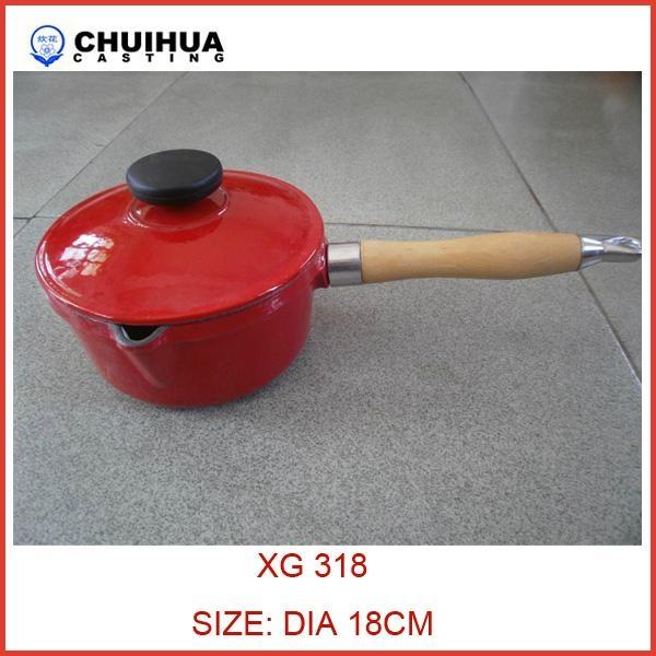 Cast iron sauce pan 1