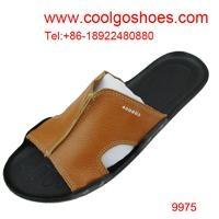 the casual men beach shoes