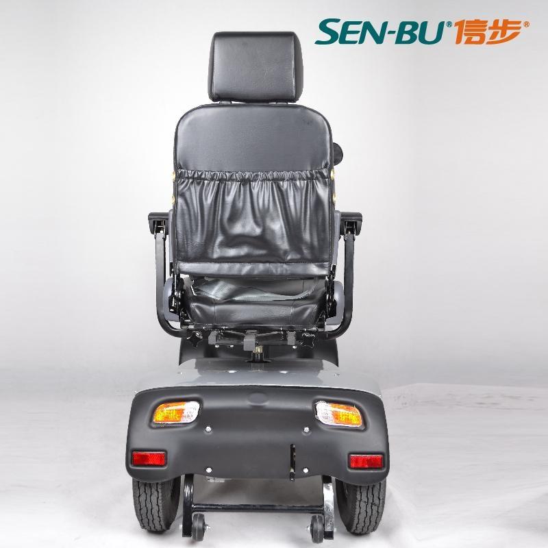 四輪電動汽車 5