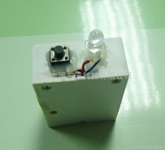挤压盒发声器
