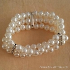 New Coming Hot Sale Mutil-Layer Pearl Stretch Artificial Bracelet