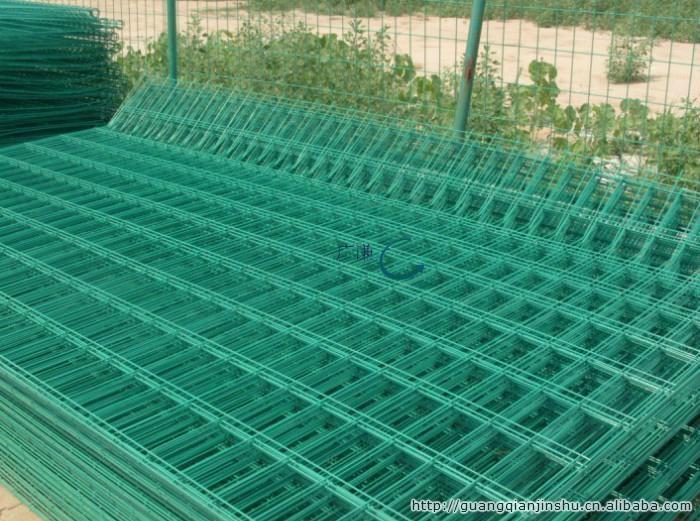 河北安平护栏网厂家|圈山圈地双边现货铁丝网护栏网 2