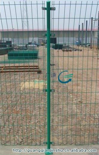 河北安平护栏网厂家|圈山圈地双边现货铁丝网护栏网 4