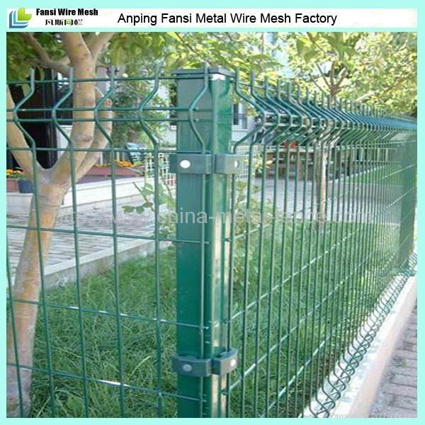 Powder Coated V Folded Garden Wire Mesh Fencing Panels