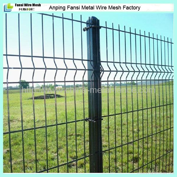 Powder Coated V Folded Garden Wire Mesh Fencing Panels
