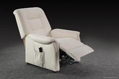 老人沙发椅