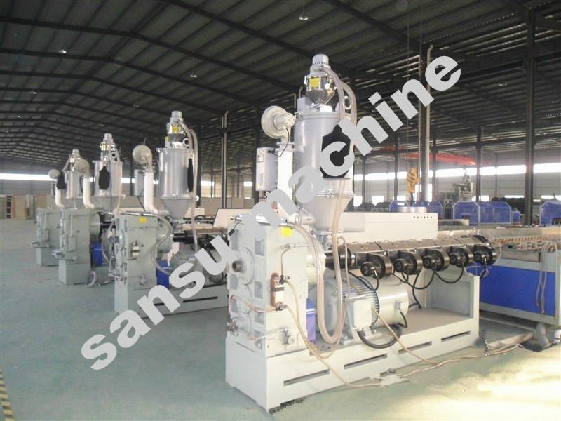 双平壁钢塑复合缠绕排水管设备 4