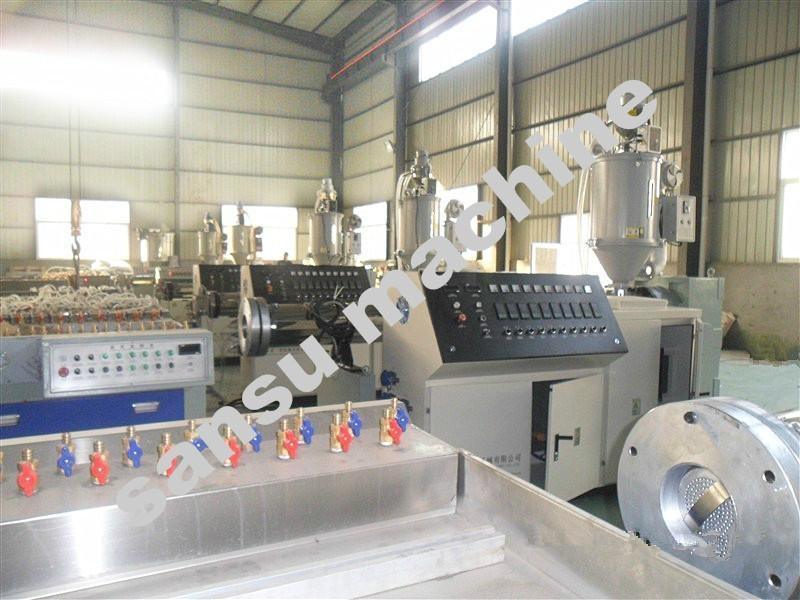 钢塑复合缠绕管生产线 5