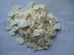 Freeze dried garlic flake