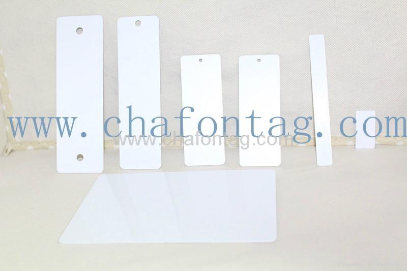 UHF RFID PET/PVC apparel hang tag with hole 1