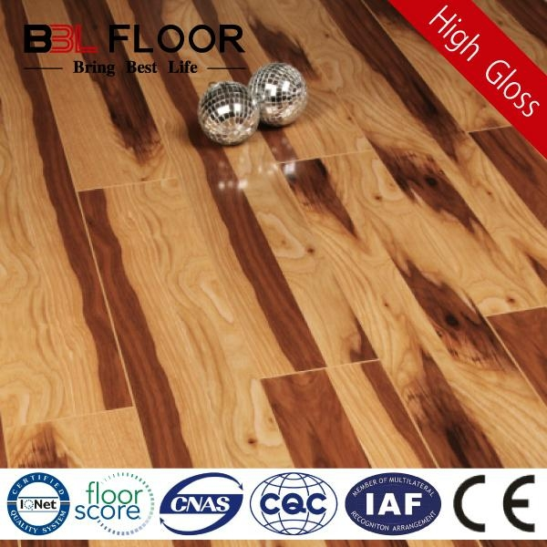12mm Thickness AC3 High Gloss rubber wood flooring 9859-2 1