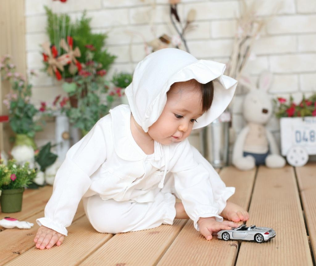 Organic Cotton Frilly Romper 2