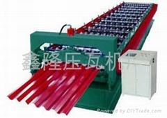 廠家  推出750型扣槽板壓瓦機