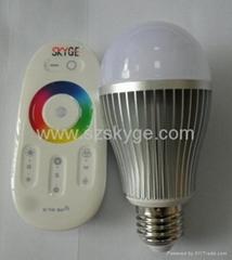 LED可调色RGB球泡QYF-RGB1001