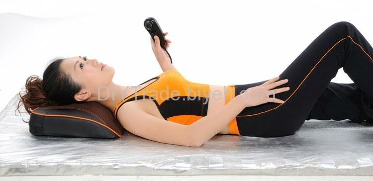 U-waist shiatsu massage cushion with infrared soothing heat 2