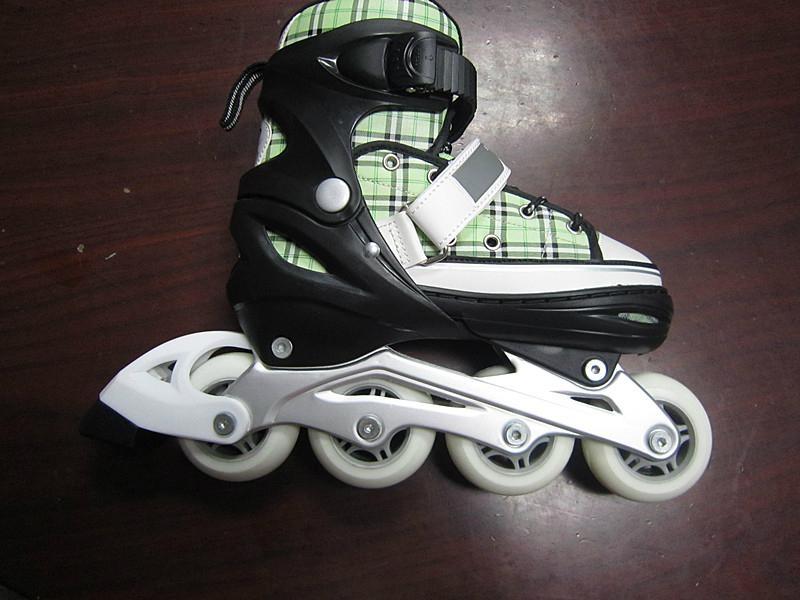 semi soft in line skates 1