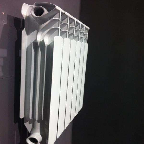 廠家500型高壓鑄鋁暖氣片  3