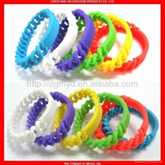 Newest fashional and cheapest chain personalized silicone bracelet