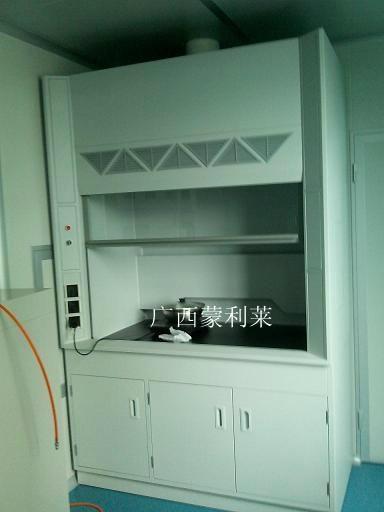 廣西通風櫥櫃 2