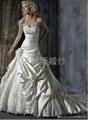 2014新款婚緞面蕾絲花朵拖尾