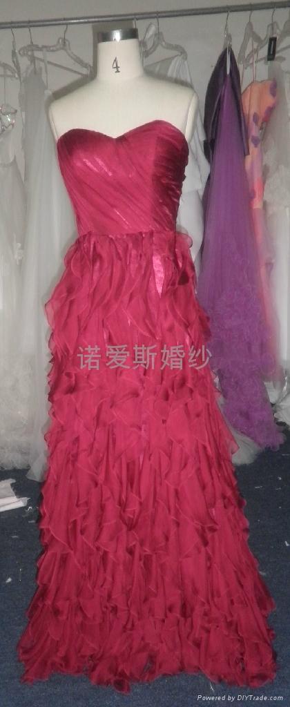 酒紅色雪紡荷葉邊小拖尾優雅禮服 3