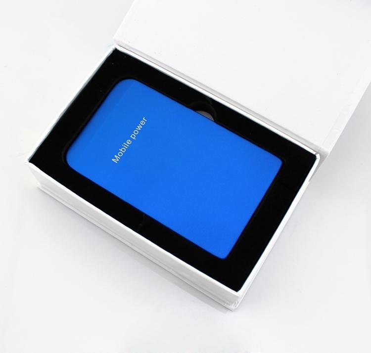 P-3500手机充电宝3500mAh容量 4
