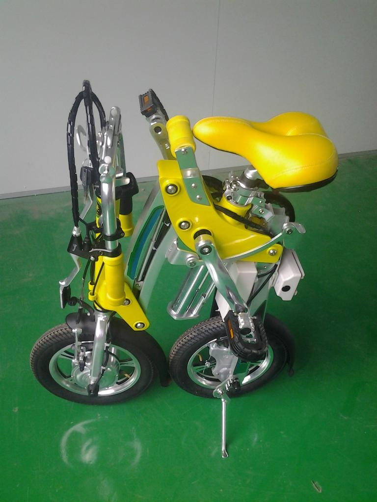 One Second Folding & Open Electric Bicycle  3