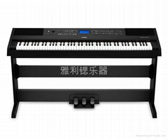 雅馬哈電鋼琴