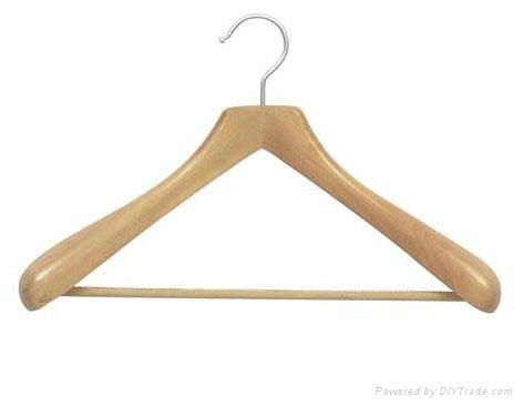 high quality wooden hanger 1