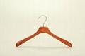 China Wooden Hanger Supplier