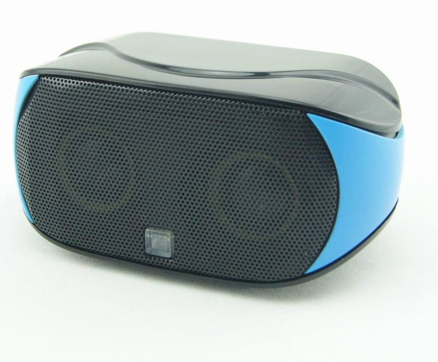 Portable mini bluetooth speaker with hands-free touch-panel control function 1