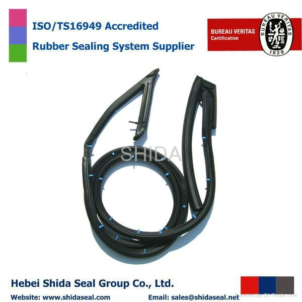 Both Belt Weatherstrip Outer and Inner 1