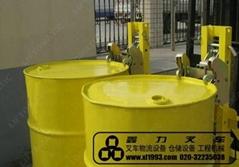 漢利輕型雙桶油桶夾具2DCS