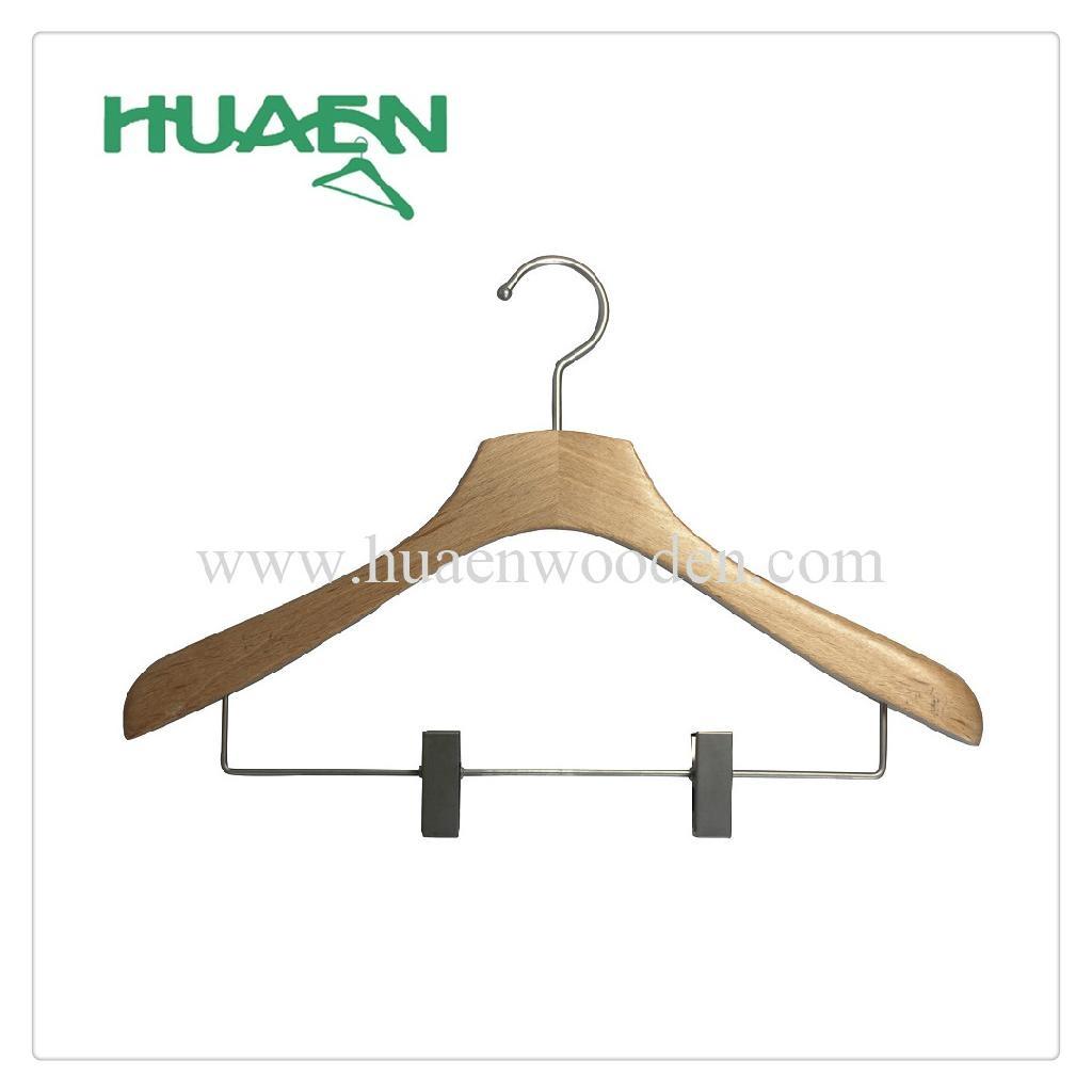 Wooden hanger with nickel clips clothing hanger-12C037  1