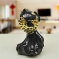 陶瓷镂空鲤鱼造型摆件