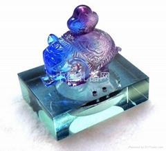 002733水晶立体琉璃汽车香水座-大象