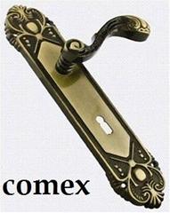 Royal door handle