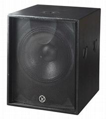 超重低音箱